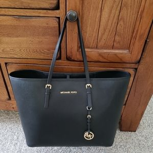 Michael Kors Large Leather Tote,handbag NWOT